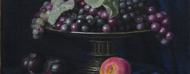 A plate of grapes with an apricot